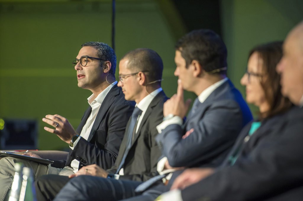 Dr. Gege Gatt: speaking at an EY event about Artificial Intelligence